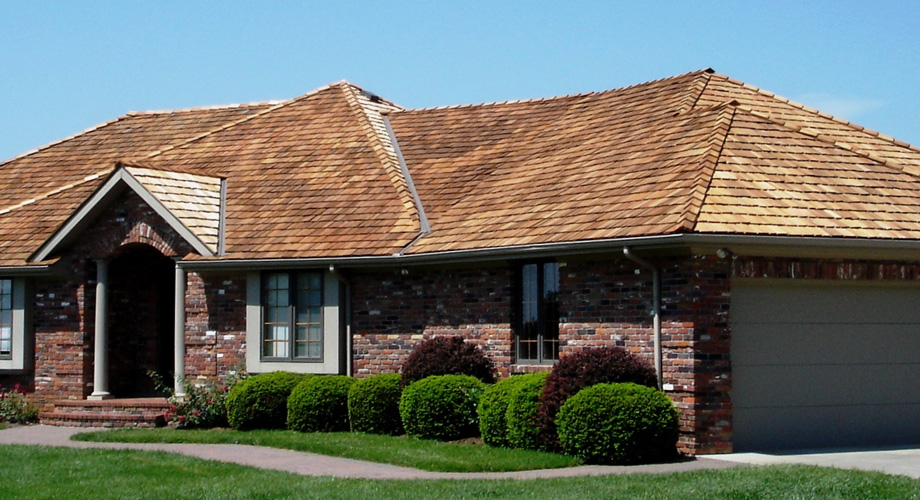 mckinnis_residential_roofing_wood_shake_shingles